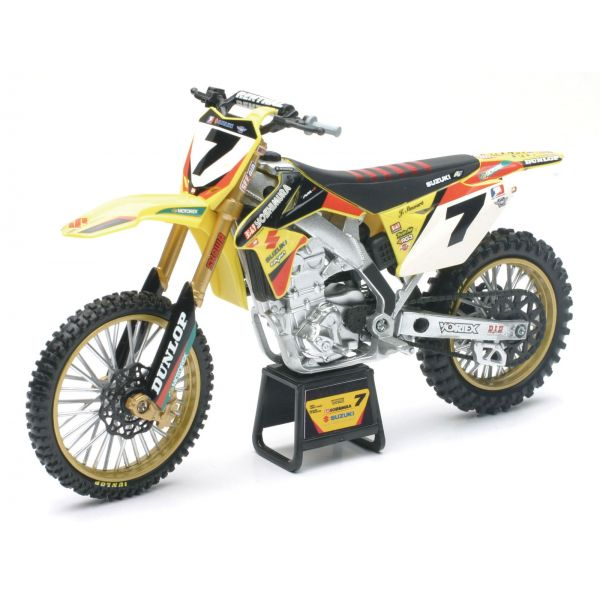 New Ray Macheta Suzuki James Stewart 1:6