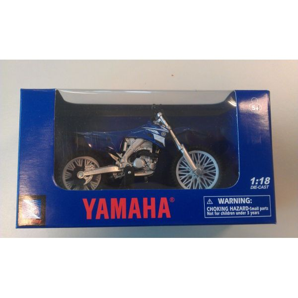 New Ray Macheta Yamaha Cross 1:18
