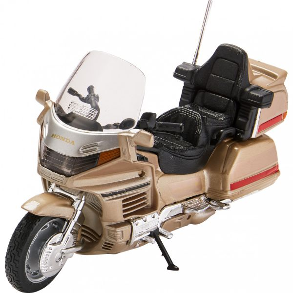 Machete On Road Welly Macheta Honda GL 1500 GOLD WING 1:18